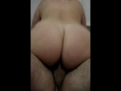 Colocando a esposa para mamar casal de sao leopoldo - 1 part 3